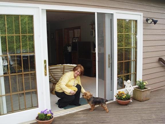 sliding retractable door with pet